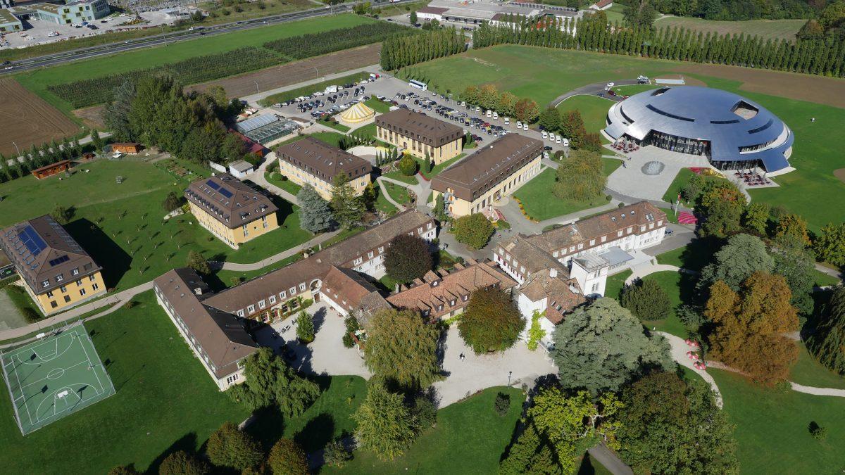 kampus rolle institut le rosey sekolah termahal dalam dunia
