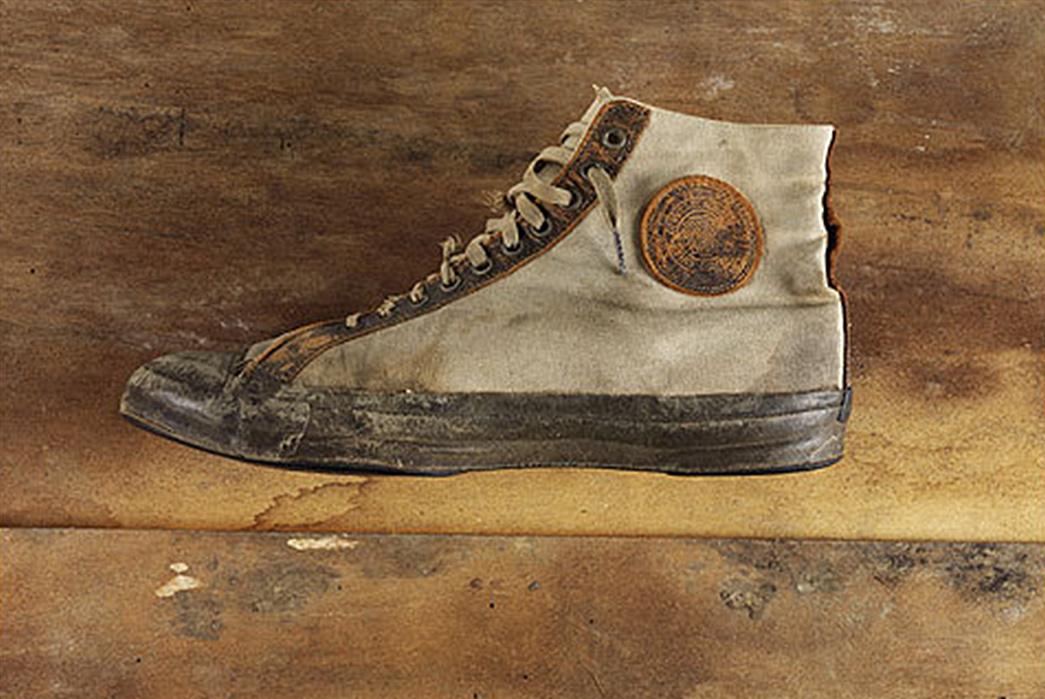 kasut vintage converse