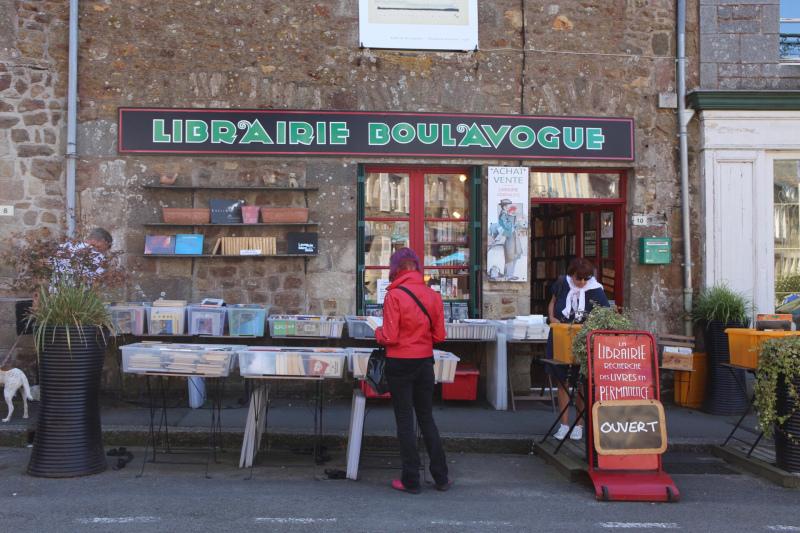 kedai buku becherel brittany
