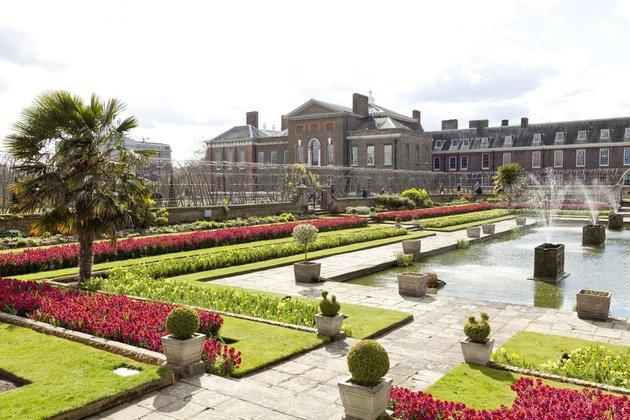 kediaman rasmi keluarga diraja britain british kensington palace istana