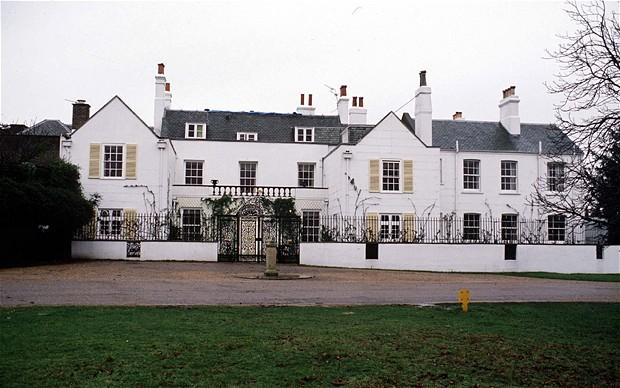 kediaman rasmi keluarga diraja britain british thatched house lodge
