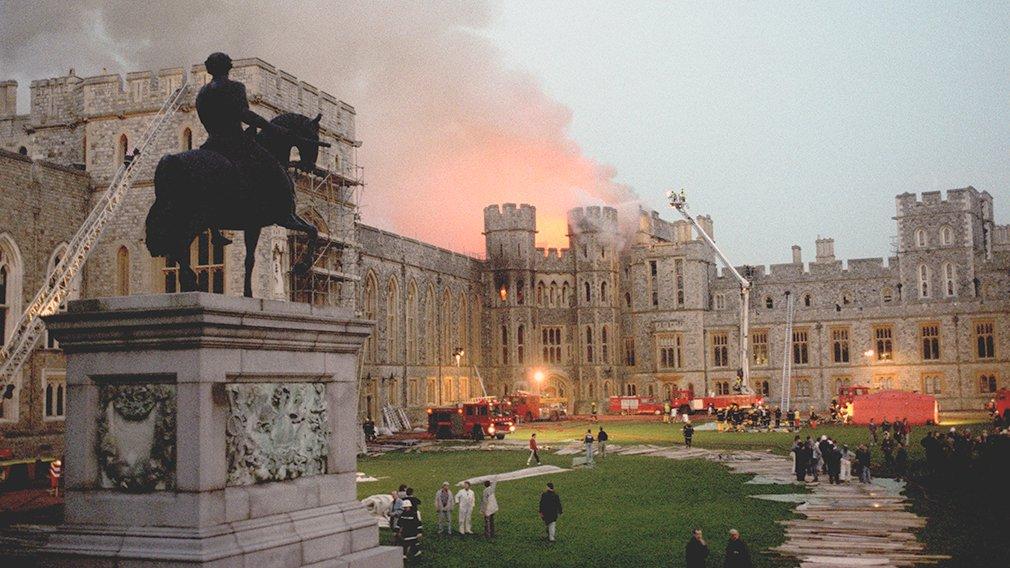 kediaman rasmi keluarga diraja britain british windsor castle terbakar