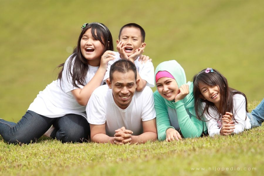 keluarga bahagia kerana saling memahami