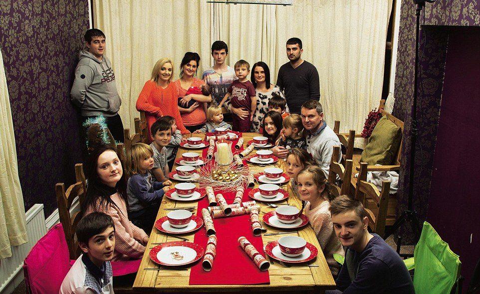 keluarga radford paling besar di united kingdom dengan 20 orang anak 0