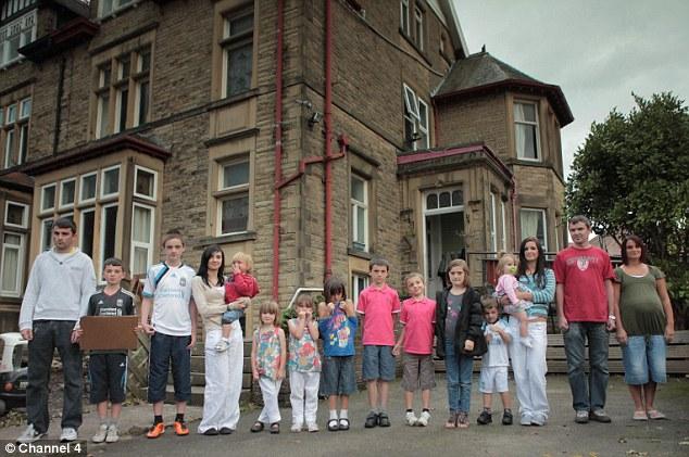 keluarga radford paling besar di united kingdom dengan 20 orang anak 8