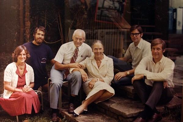 keluarga walton sam walton bersama anak anak