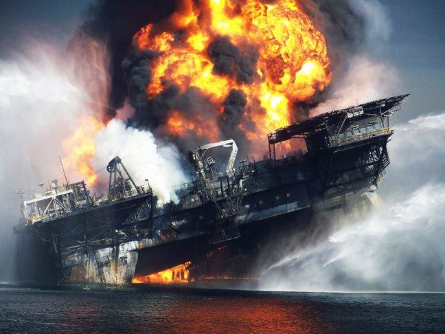 kemalangan deepwater horizon 594