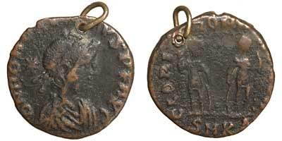 kenapa kebanyakan syiling kuno mempunyai lubang 6
