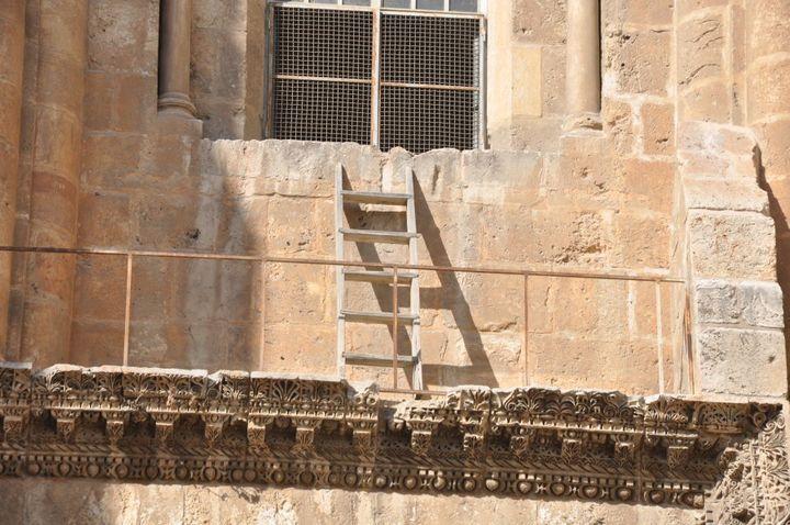 kenapa tiada siapa pun boleh ubah tangga ini