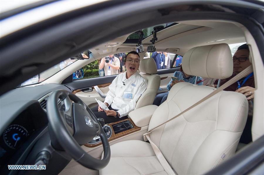 kenderaan tanpa pemandu cuba cipta rekod di china