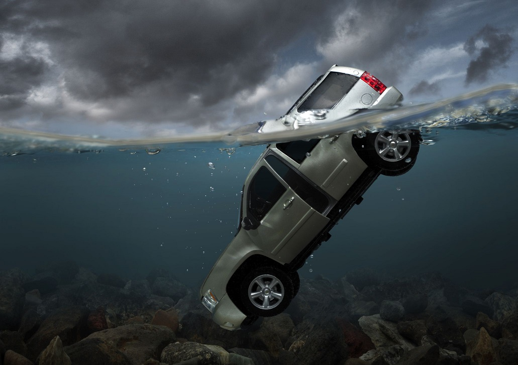 kereta tenggelam 2
