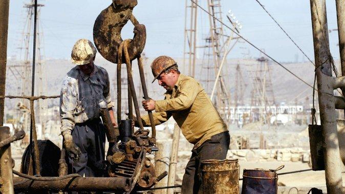 kerja di pelantar minyak memerlukan kekuatan fizikal dan mental