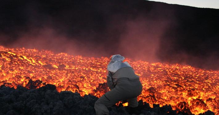 kerjaya ahli vulkanologi gunung berapi meletus kajian penyelidikan