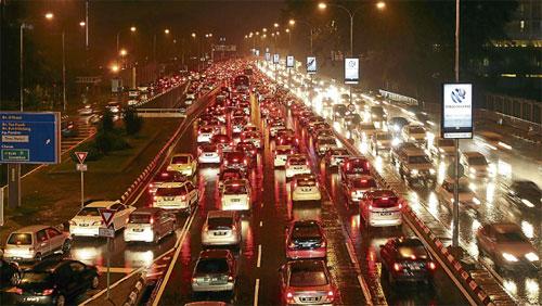 kesesakan teruk negara paling lama berada atas jalan raya