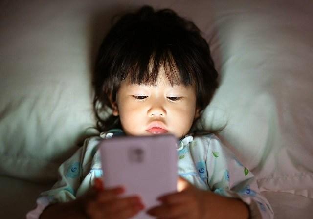 ketagihan smartphone pada kanak kanak 846