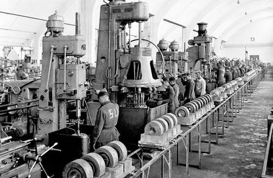 kilang bmw pada tahun 1943