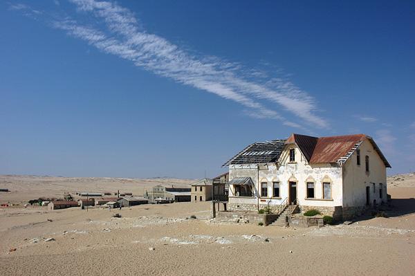 kolmanskop namibia bandar tinggalan sunyi tidak berpenghuni