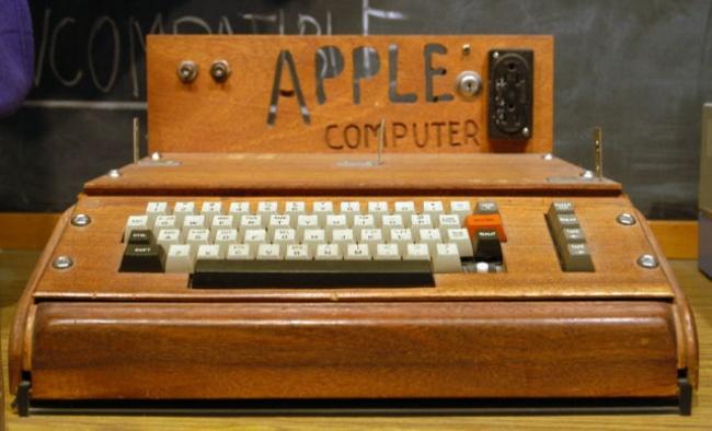 komputer apple pertama 1976 453