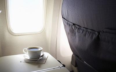 Image result for Inilah Sebab Mengapa Anda Perlu Elakkan Minum Minuman Panas Di Dalam Kapal Terbang