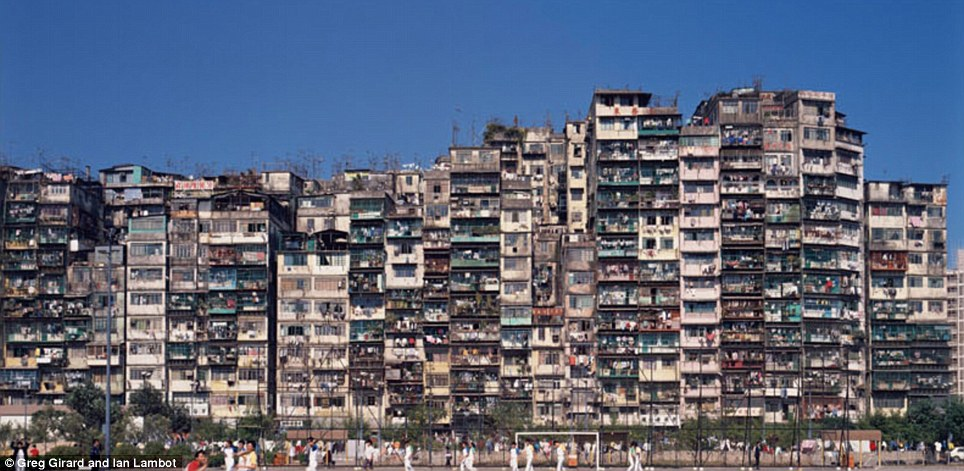 kowloon walled city 13
