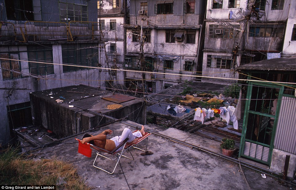 kowloon walled city 5