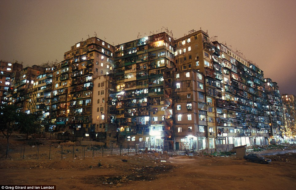 kowloon walled city 6