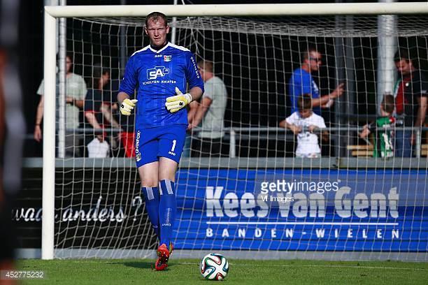 kristof van hout pemain bola sepak paling tinggi di dunia