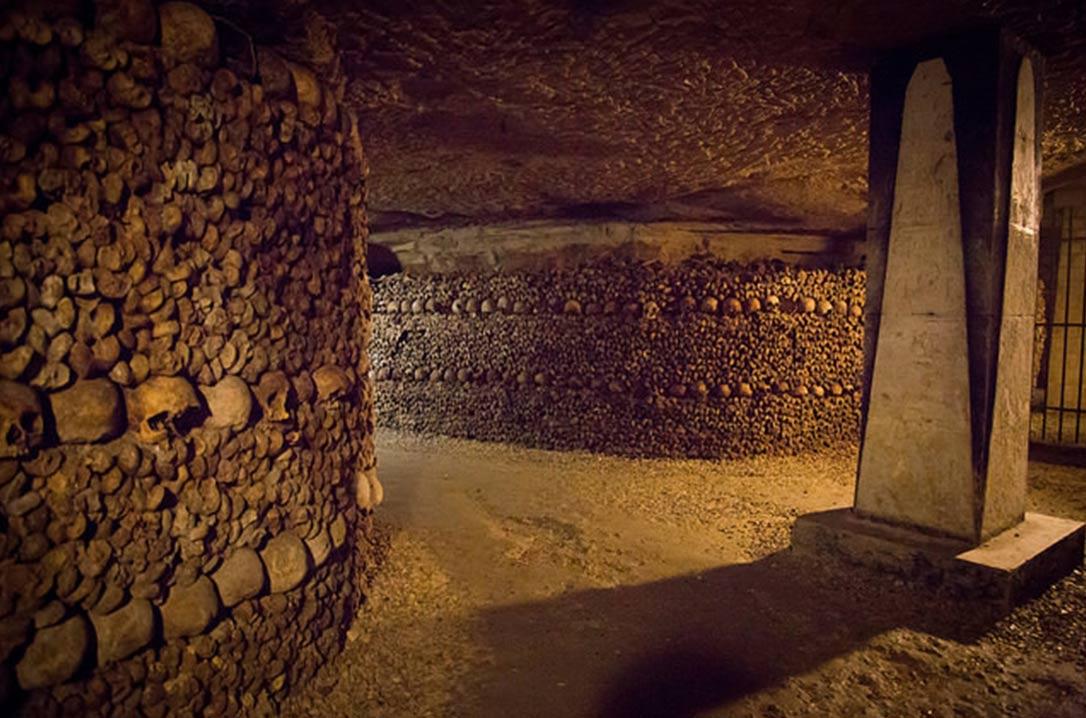 kubur bawah tanah di paris