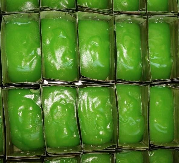 kuih tepung pelita tradisional