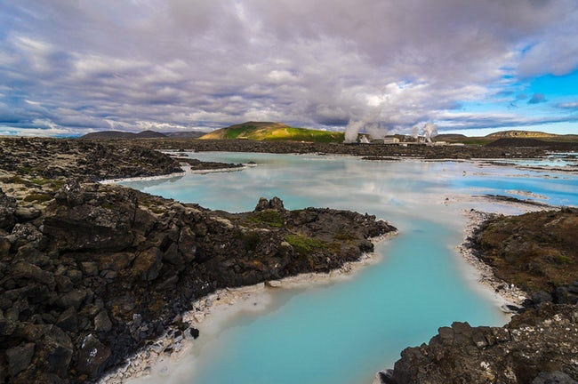 lagoon biru iceland