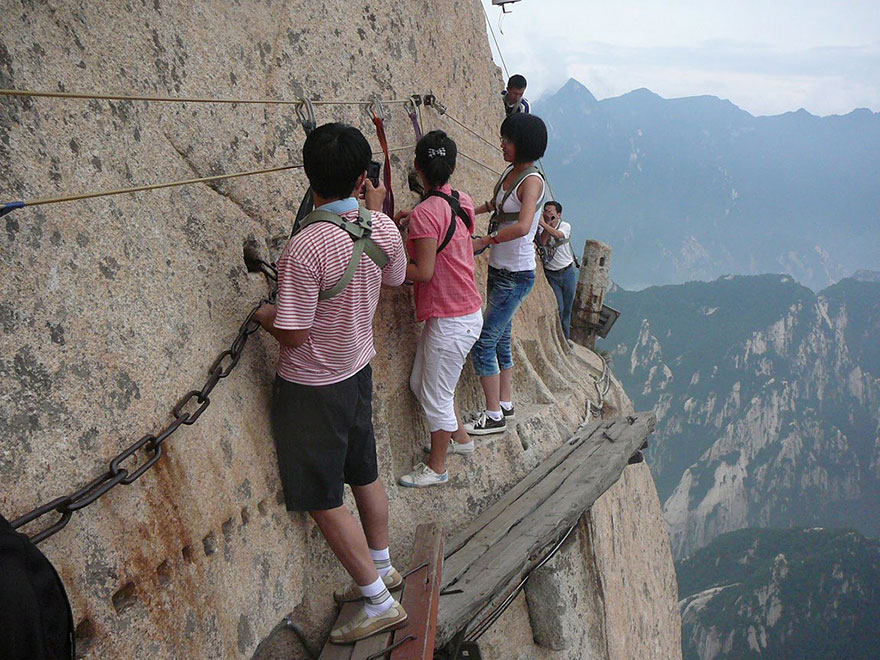 laluan pendakian gunung huashan