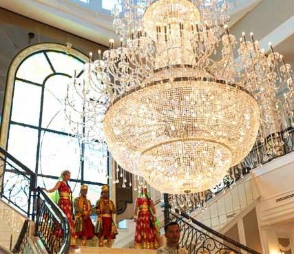 lampu chandelier utama 12 fakta menarik mengenai palace aliff syukri