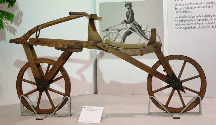 laufmaschine basikal pertama di dunia 381