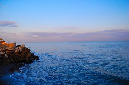 laut caspian terletak di benua eropah