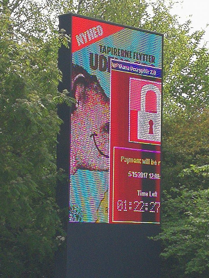 lcd iklan billboard wannacry ransomware