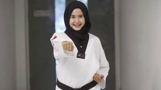 lia karina atlet taekwondo indonesia