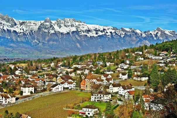 liechtenstein negara paling kecil di dunia