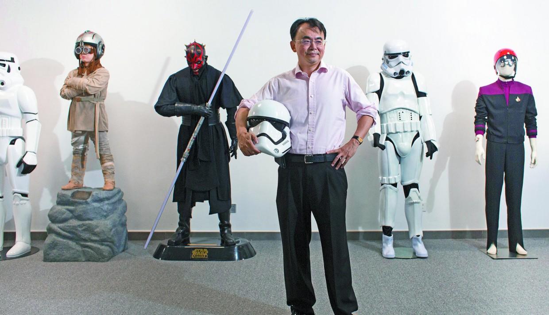 liu dejian jutawan china peminat star trek