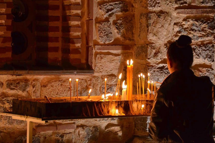 macedonia orthodox meraikan lilin