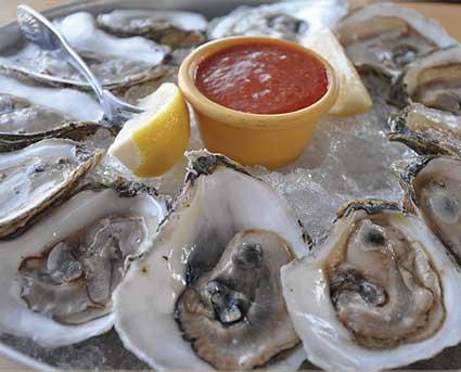 makan tiram oyster mentah keracunan makanan