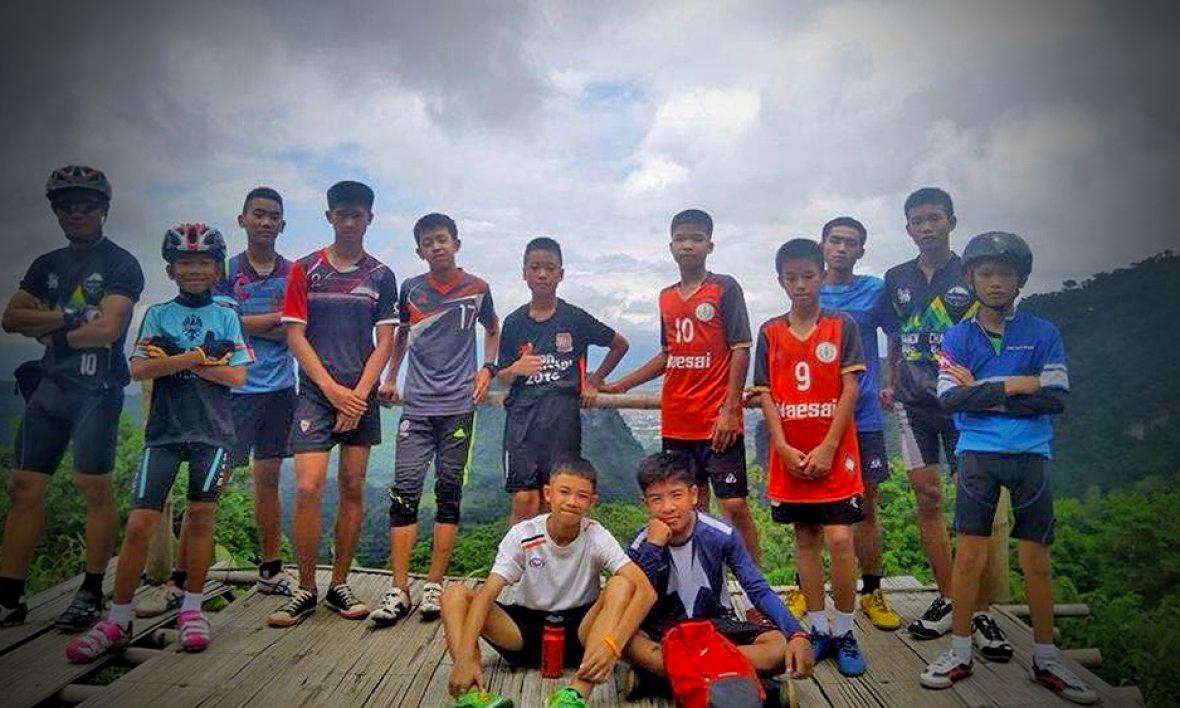 maklumat terperinci tentang kes 12 kanak kanak dan jurulatih yang hilang dalam gua di thailand