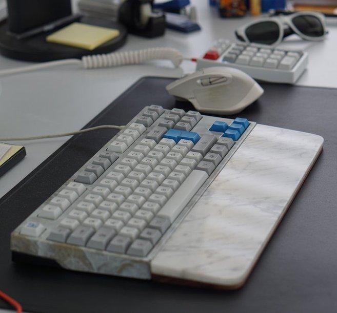 marble keys papan kunci