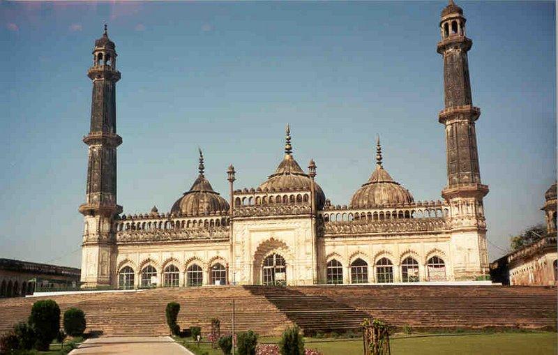 masjid asfi antara terbesar di dunia