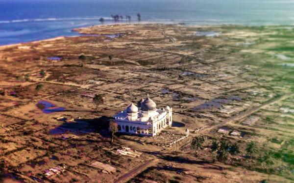 masjid masih elok selepas gempa bumi dan tsunami