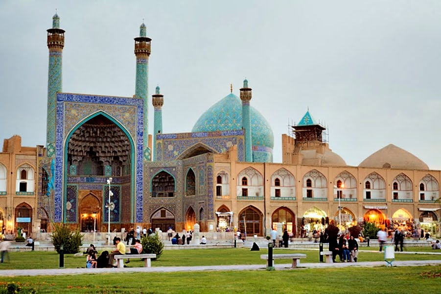 masjid shah isfahan antara terbesar di dunia