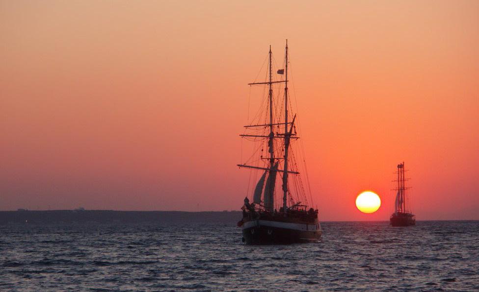 matahari kapal ufuk bumi horizon bumi sfera bumi rata
