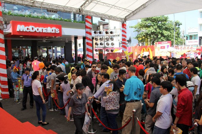 mcdonalds dibuka di vietnam