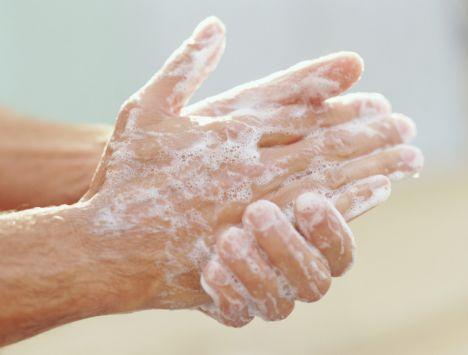 membasuh tangan