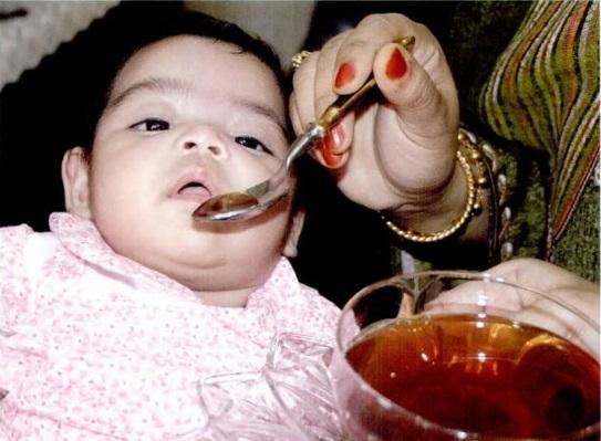 membelah mulut bayi