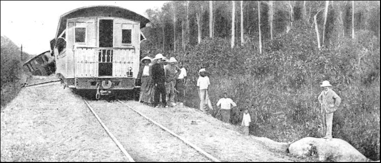 membina jalan keretapi